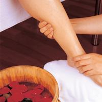 دیابتیهای یزدی در فصل زمستان بیشتر پاهای خود را چرب کنند