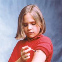 کودکان دیابتی برای تنظیم قند خون به حمایت والدین نیاز دارند
