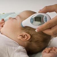 چرا کودکان تب و تشنج می کنند ؟