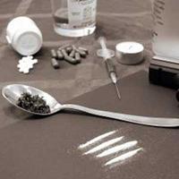 آمار مصرف کنندگان مواد در کشور/ 10 درصد از معتادان، زن هستند