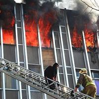 همه واقعیتها درباره حادثه آتشسوزی خیابان جمهوری