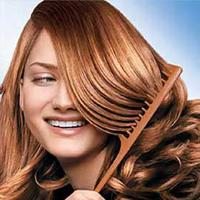 برای کاهش خشکی پوست سر از روغن زیتون استفاده کنید