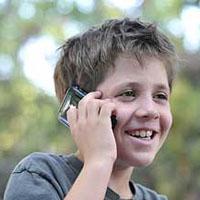 ۳ پيامد استفاده زياد کودکان از تلفن همراه