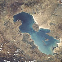 دریاچه ارومیه با سمینار پر آب میشود؟