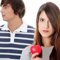 چگونه توجه همسرتان را به خود جلب كنيد