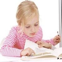 بچهتان موقع درس خواندن بی حواس است؟