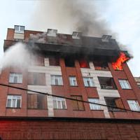 انفجار یک ساختمان مسکونی در قیطریه