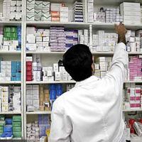 داروخانهها مرتکب چه تخلفاتی میشوند؟