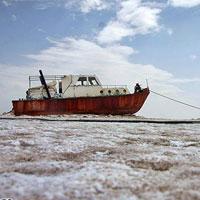 ابراز نگرانی از روند سریع خشکی دریاچه ارومیه/ تنها 7 درصد از آب دریاچه باقی مانده است