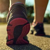 کاهش علایم افسردگی با پیاده روی روزانه