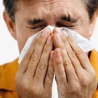 افراد سرماخورده و بیماران اسهالی، حتماً به پزشک مراجعه کنند