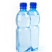 کاهش فشارخون با نوشیدن یک لیوان آب قبل از دوش گرفتن