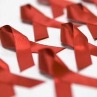 ویروس HIV از آب استخر منتقل نمیشود