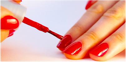 لاک ناخن ممکن است ناخن های شما را لک دار کند ؟