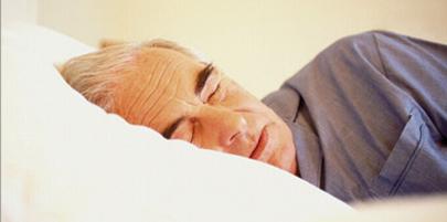 عوارض کم خوابی روی مسن تر ها کمتر است