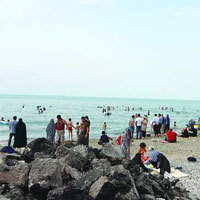 يورش ميكروبها به ١٦ شناگاه ساحلي