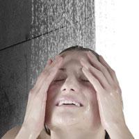 هفت دلیل برای دوش گرفتن با آب سرد