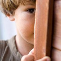 چرا بچهها کمرو میشوند؟