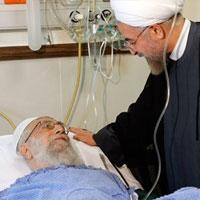 اولین فیلم از رهبر انقلاب پس از عمل جراحی/ عیادت روحانی از مقام معظم رهبری