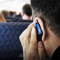 خطرناکترین زمان استفاده از تلفن همراه در هواپیما