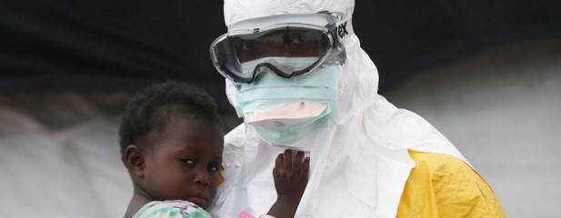 تصاویری از یک روز مبارزه با ایبولا