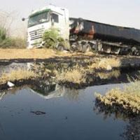 واژگونی تانکر گازوئیل در سد سنندج