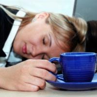 چگونه از شر خستگی در طول روز خلاص شویم؟