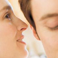 10 کلید برای برخورداری همسران از رابطه سالم و پاک