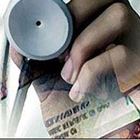 تورم بخش سلامت ۳۰ درصد است/ مشکل شماره یک نظام سلامت
