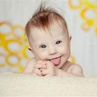 والديني که خطر داشتن کودکي با سندروم داون در آنها بیشتر است