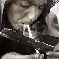 مصرف روزانه ۱.۵ تنی مواد مخدر توسط معتادان