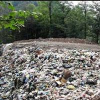 کوه زباله ها در مازندران قربانی گرفت