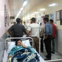 بيماران اورژانسي بستري در راهرو!