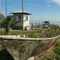 سرانجام پای گردشگران به جزیره آشوراده باز شد