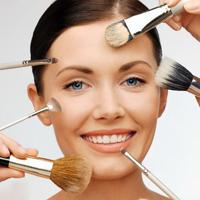 استفاده از لوازم آرایش موجب یائسگی زودهنگام میشود!