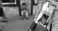 غفلت جامعه از روح و روان کودکان کار