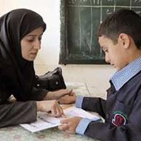 جمع آوری امضا برای حل مشکل حقوق معلمان