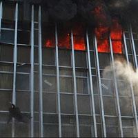فرزند قربانی آتش سوزی خیابان جمهوری را به بهزیستی فرستادند