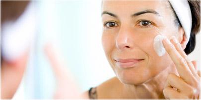 کدام درمان پوست موضعی می تواند دوره کلاژن در پوست ها تحریک کند که پوست ظاهر محکم داشته باشد و چین و چروک را محو کند؟