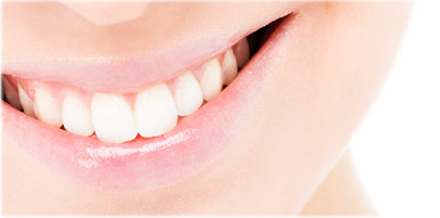 کدام نوع از سفید کنندههای دندان، اثر کمتری دارند؟