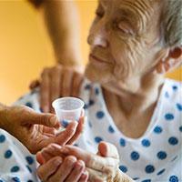 پیچیدگیهای مراقبت از سالخوردگان