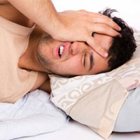 عوارض خوابيدن روي شکم