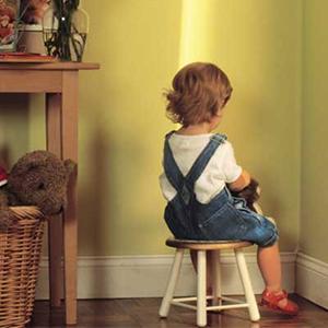 آسیبهای بلندمدت ناشی از ضربههای عاطفیِ دوران کودکی