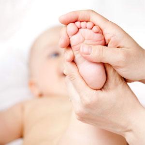 مزایای عجیب ماساژ برای نوزادان