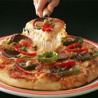 کاری که یک برش پیتزا با بدن شما میکند