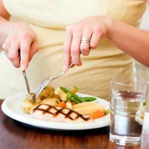 بخور و نخورهای دوران بارداری