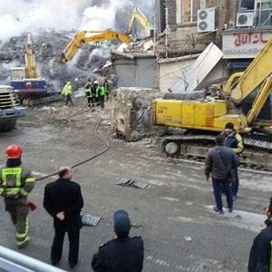 چه کسی خسارت کسبه ای که مغازه هایشان برای امداد به پلاسکو تخریب شد را می دهد؟