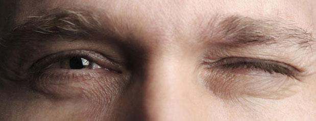علت پریدن چشم  و راه رفع آن