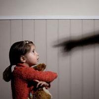 وقتی تنبیه کودکان، مجوز قانونی میگیرد