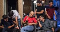 عکس/گزارش نیویورک تایمز از محفل ترک معتادان به مشروب در تهران